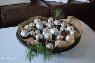 baubles in a bowl